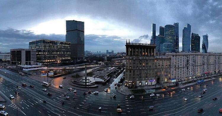 Кальянная Депо Фемили с видом на Москва-сити