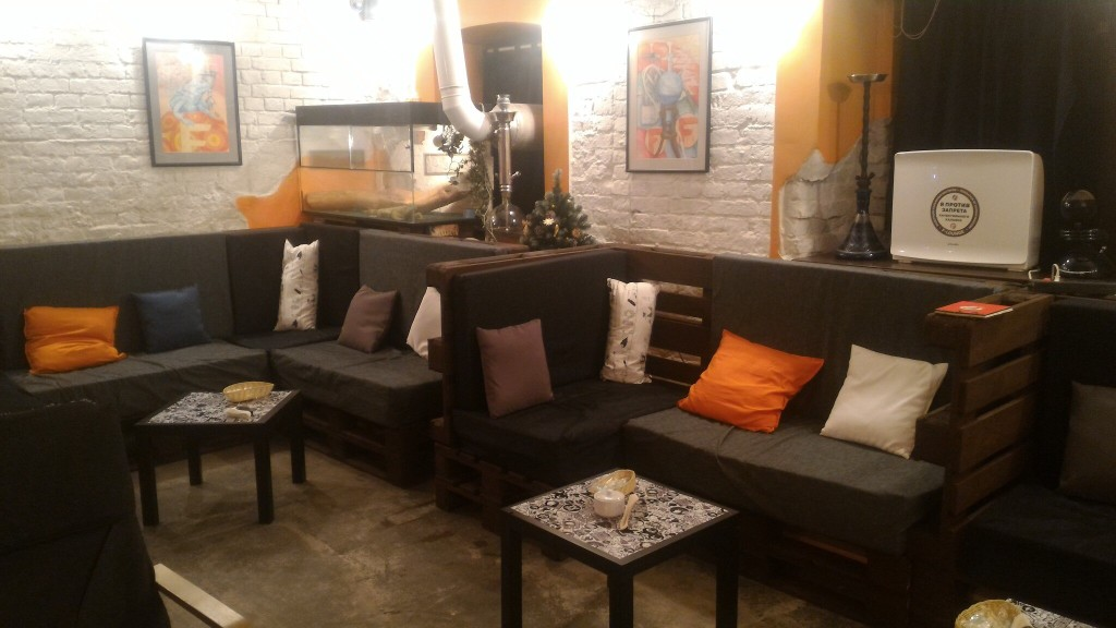 Интерьер кальянной F-lounge Чистые Пруды