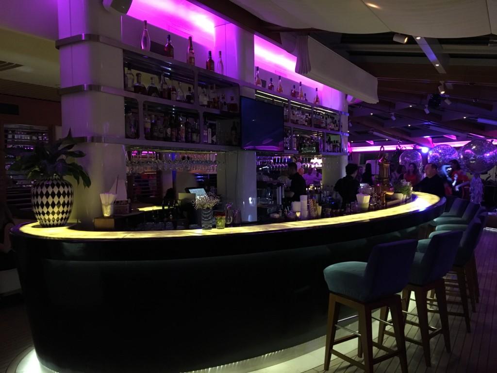 Барная стойка в Rose Bar на Большой Дмитровке