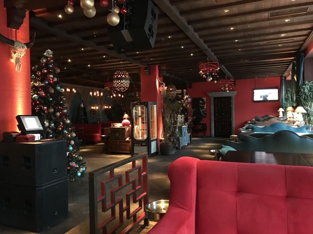 Изысканный дизайн и по-истине уютная атмосфера в Touch Cafe Киев