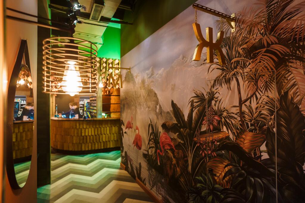 Пожалуй, лучшая кальянная в районе метро Селигерская. Boho Lounge
