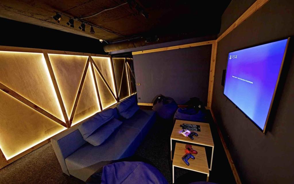 Игровая комната Loft Game Bar - Киев