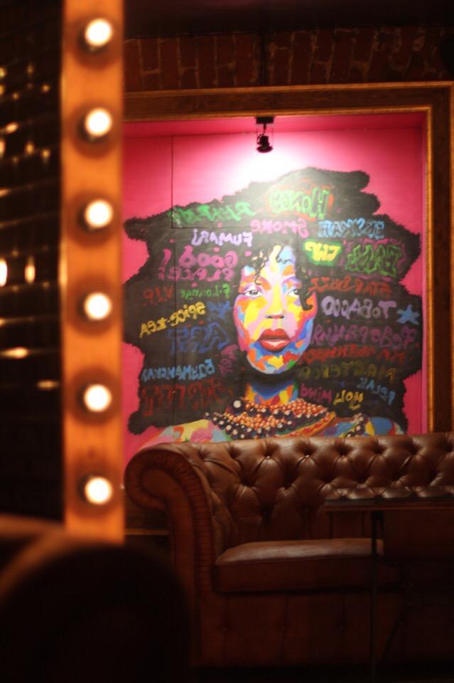 Элементы интерьера в F-Lounge на Бауманской