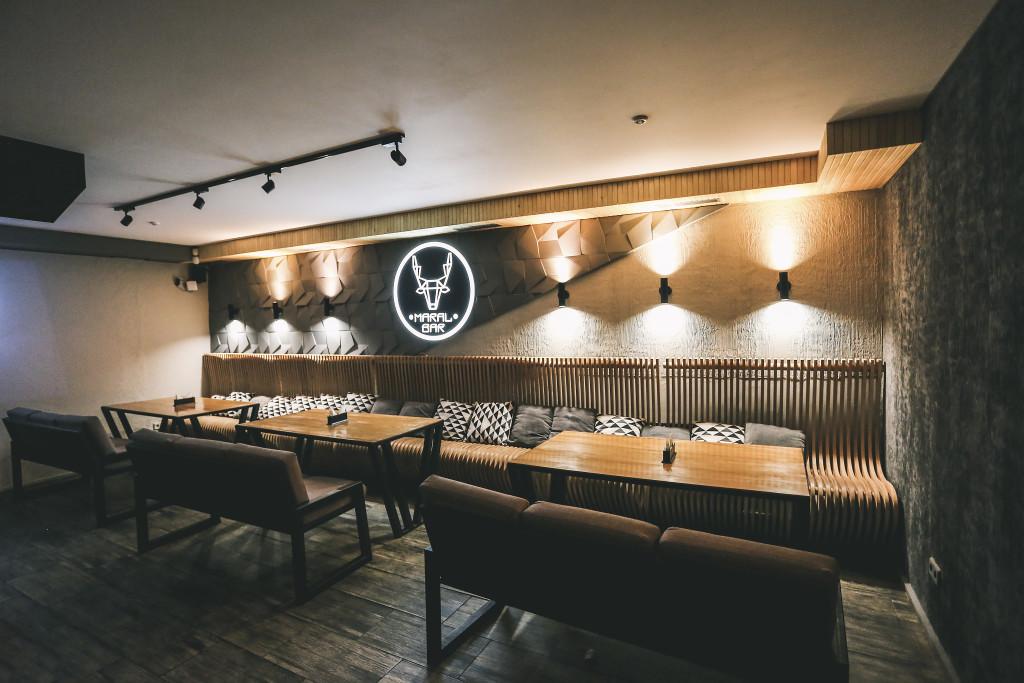 Maral Bar - интерьер кальянной