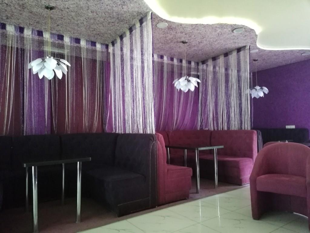 Интерьер в ShishaS Lounge Bar