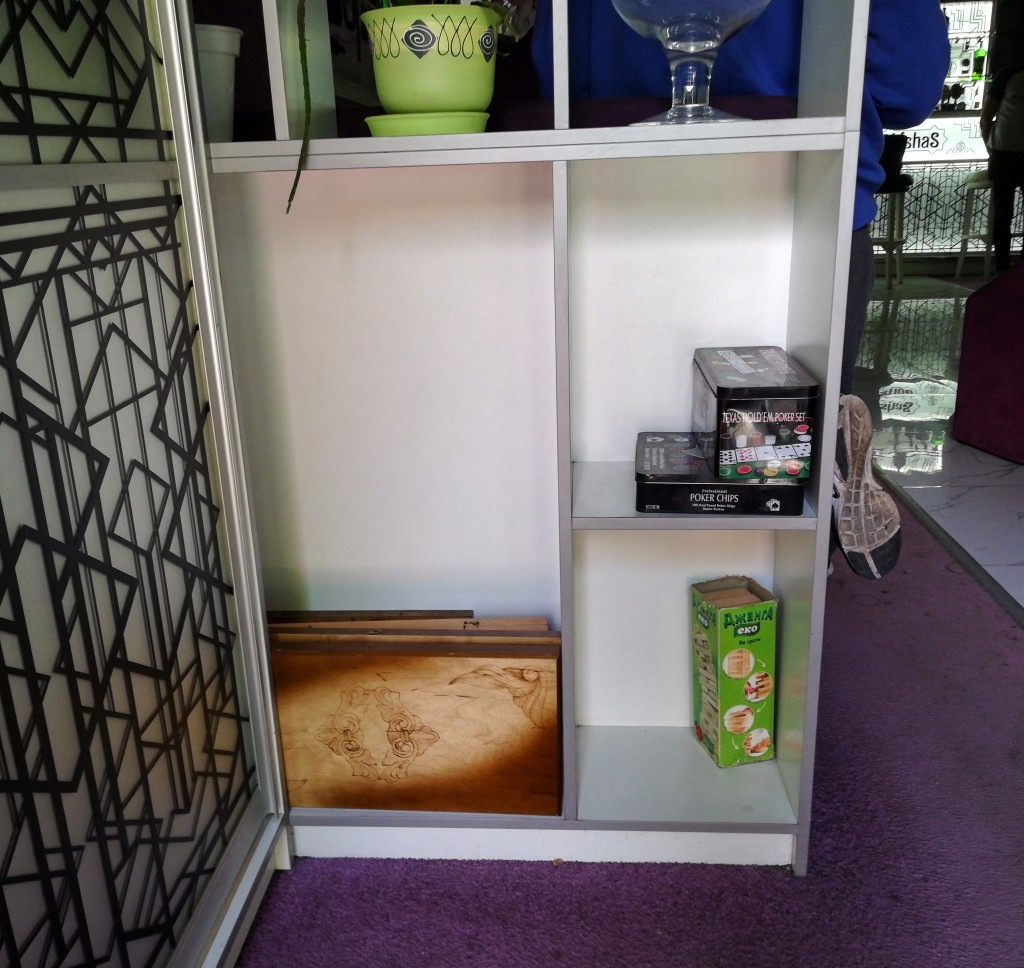 Настолки в ShishaS Lounge Bar