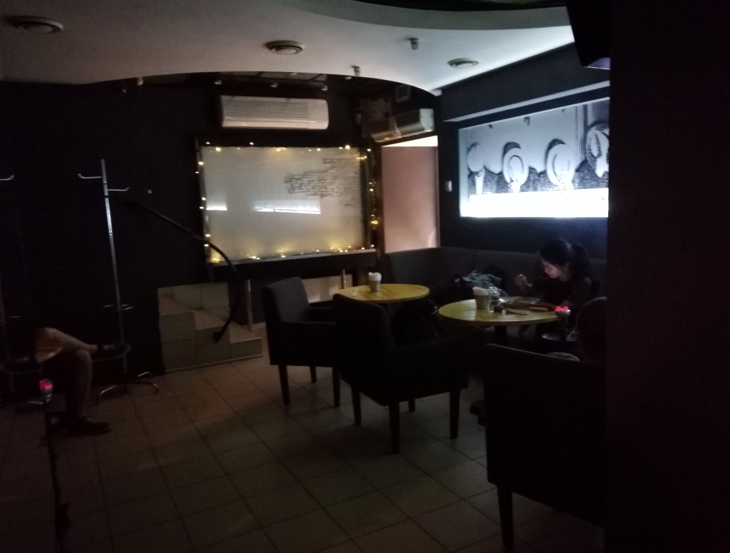 Интерьер в Noir Bar and Hookah