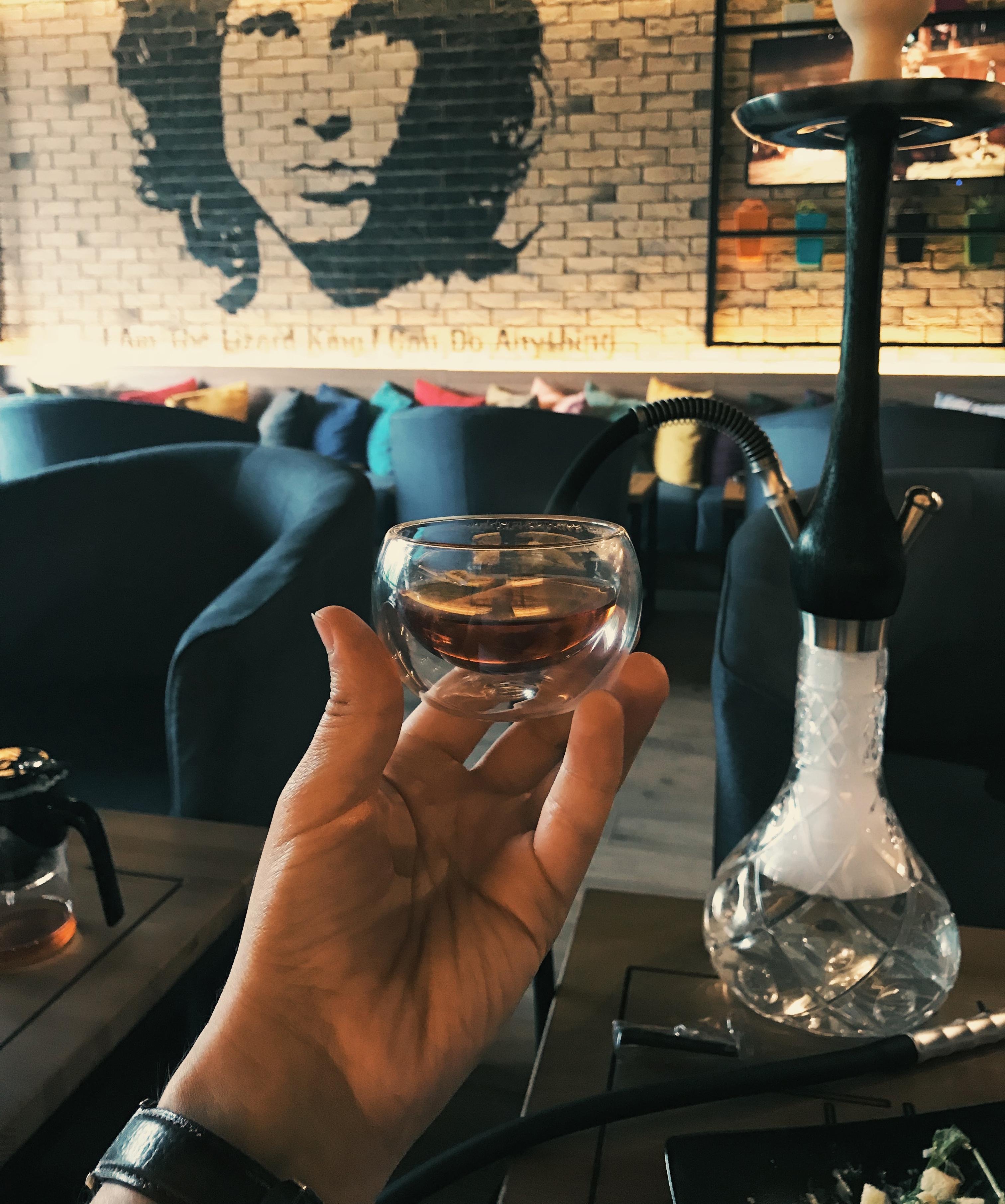 Подача китайского чая в The Dym