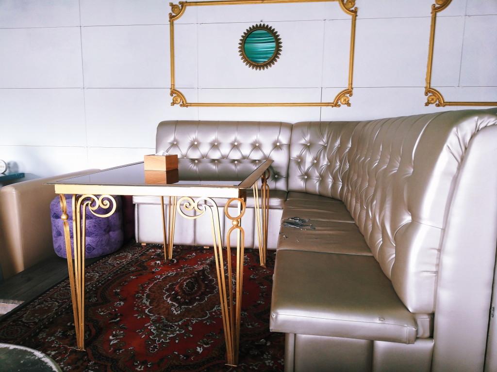 Состояние мебели на летней террасе