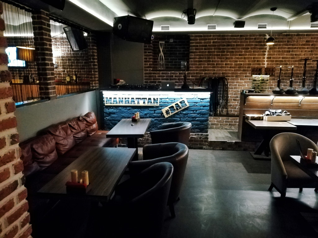 Интерьер Manhattan Bar