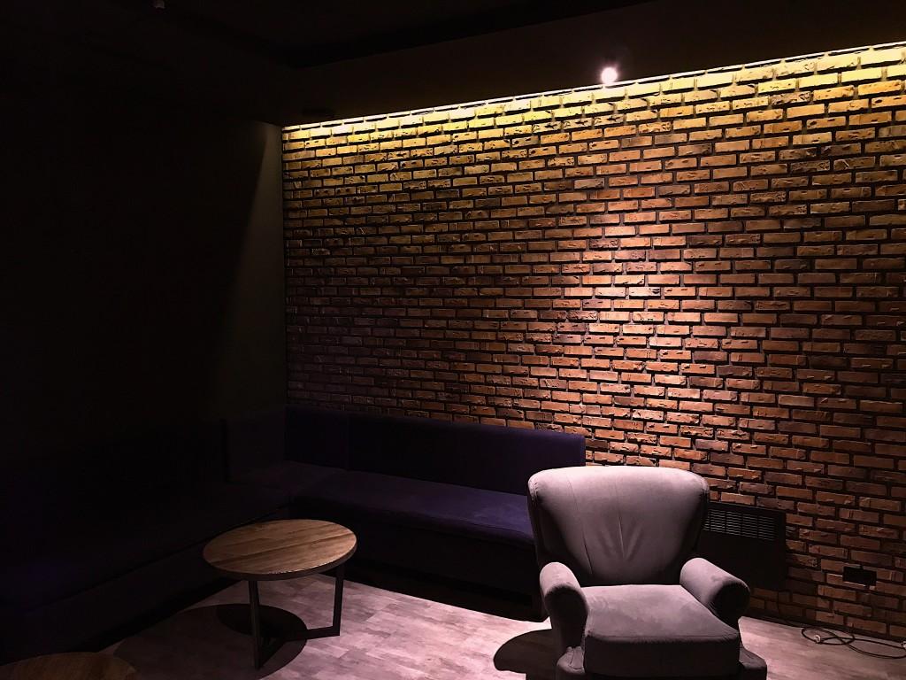 Первая VIP-комната: более просторная