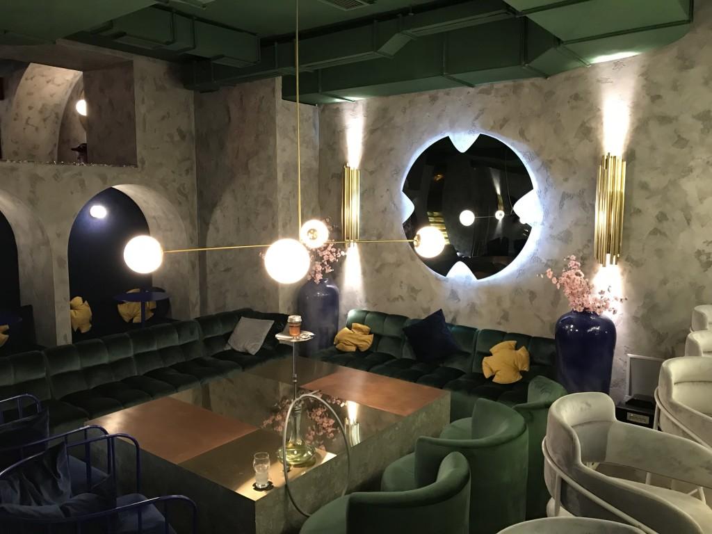 Тот же, второй зал, только вид с другого ракурса. Hookah Place Kyiv