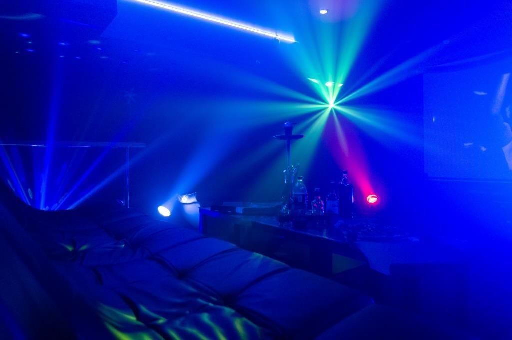 Атмосфера кальянной — Friends Hall Харизма